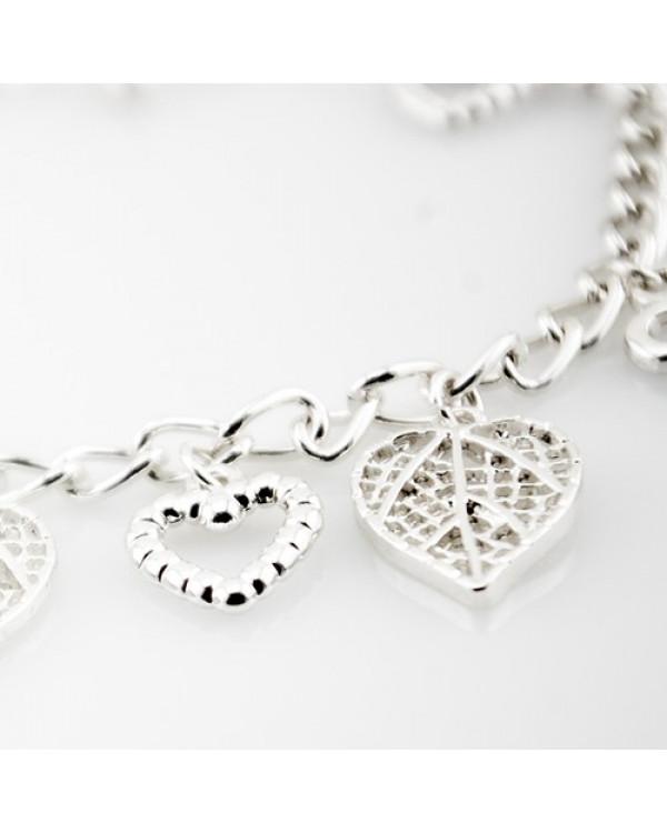 Браслет с подвесками Silver Love покажет миру вашу бесшабашность и нежность