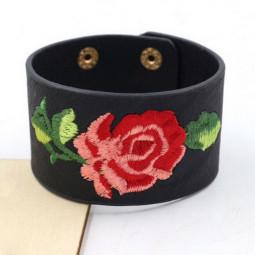 Кожаный браслет с вышивкой Розы