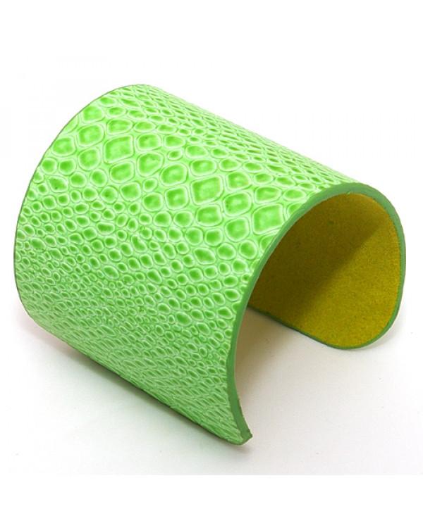 Кожаные браслеты зеленого цвета. Магазин Soroka.me