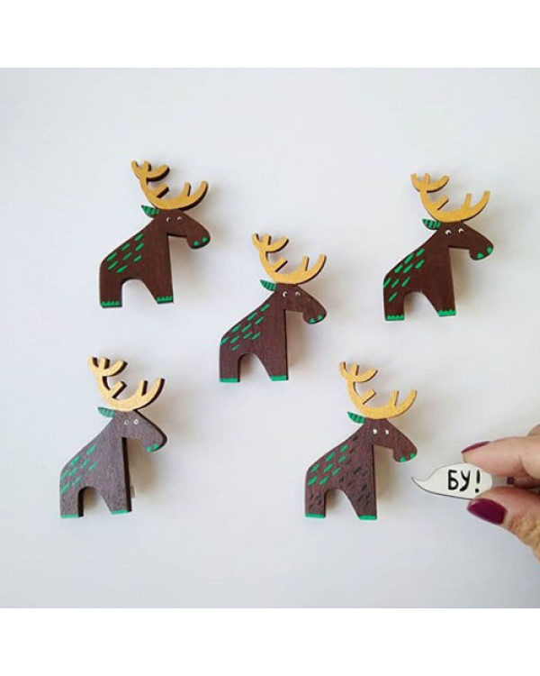 Брошь ручной работы Лось - деревянная брошка с ручной росписью - Эксклюзивная бижутерия на Сорока.Ми