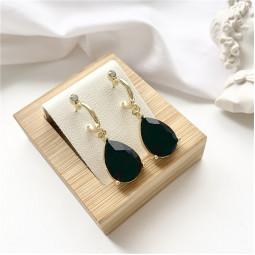Сережки з камінням чорні краплі