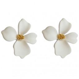 Серьги цветы белые soft touch