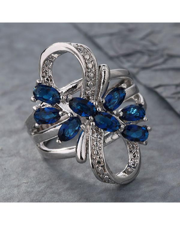 Серебряное кольцо с синим камнем Сапфир - ювелирная бижутерия по супер цене от Сорока.Ми
