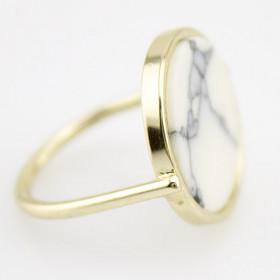Кольцо модное Белый мрамор